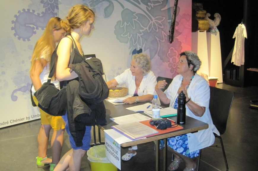 'Stechen für den guten Zweck - Typisierung auf der Tattoo-Convention'-Bild-26