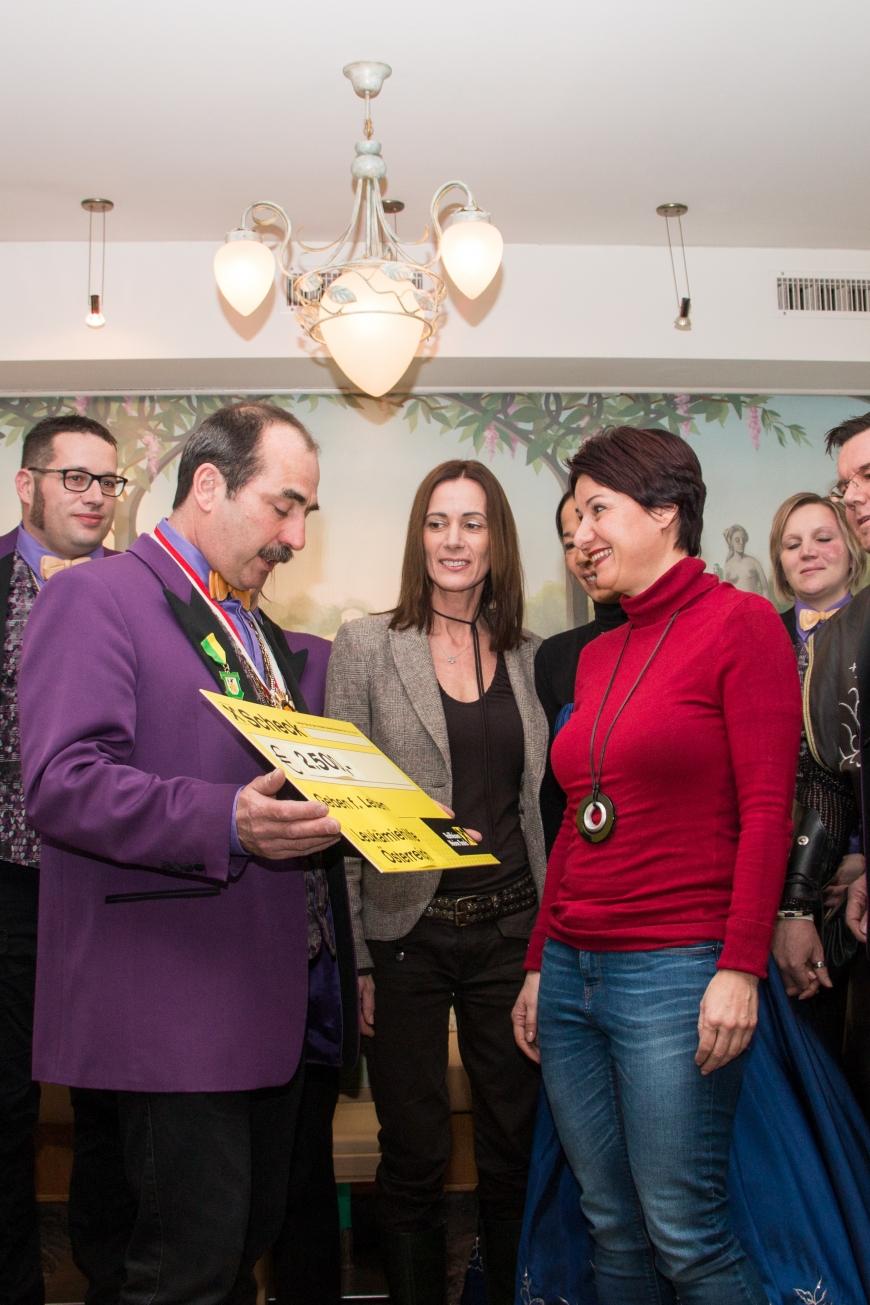 'Schlossnarren aus Hohenems spenden tolle Summe an unseren Verein'-Bild-2