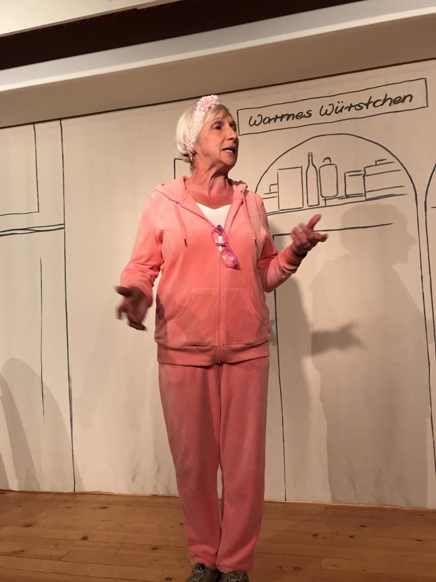 'Großzügige Spende der Theatergruppe Latschau durch Benefizvorstellung'-Bild-2