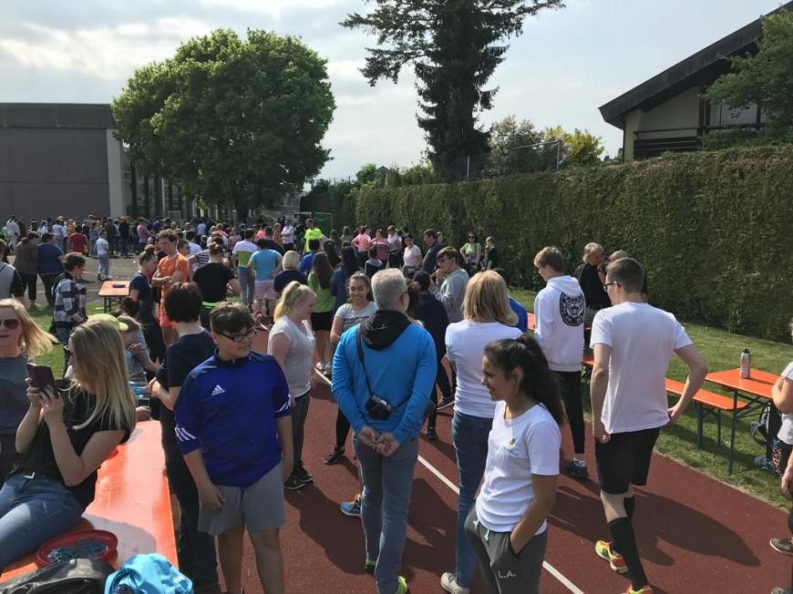 'Harder Mittelschule sammelt über € 2.200 an Spenden und ergänzt durch Privatspende'-Bild-1