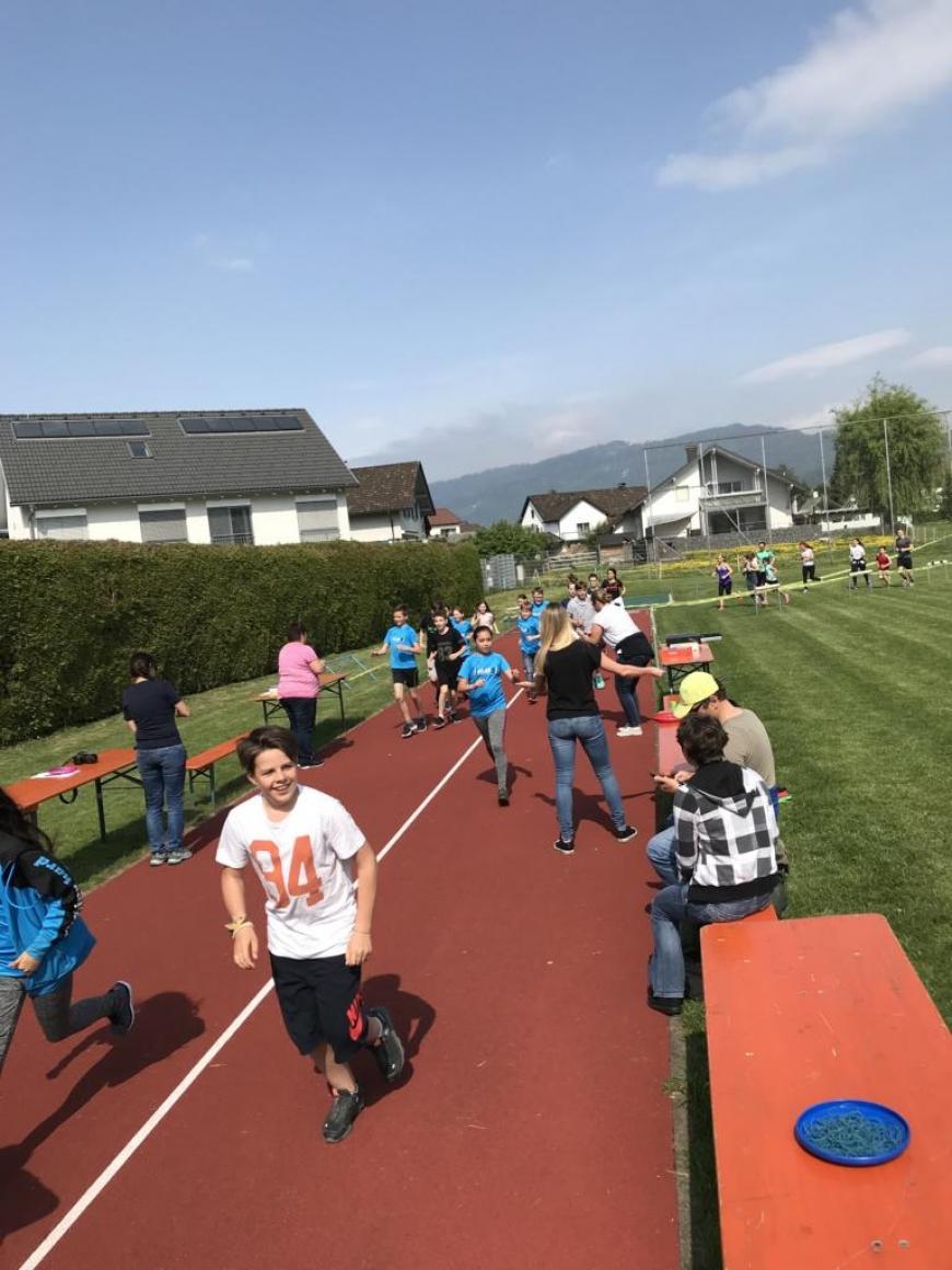 'Harder Mittelschule sammelt über € 2.200 an Spenden und ergänzt durch Privatspende'-Bild-4