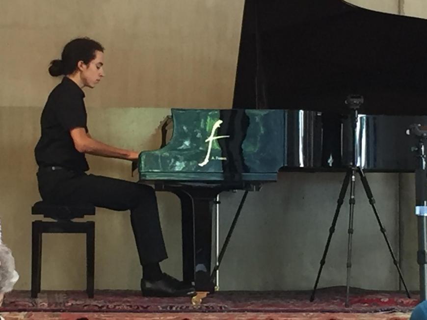 'Tolle Aufführung junger klassischer Musiker für den guten Zweck'-Bild-6