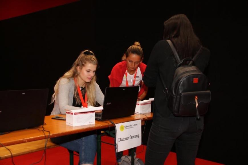 'Intergalaktische Hilfe auf erster Comic Con am Bodensee'-Bild-17
