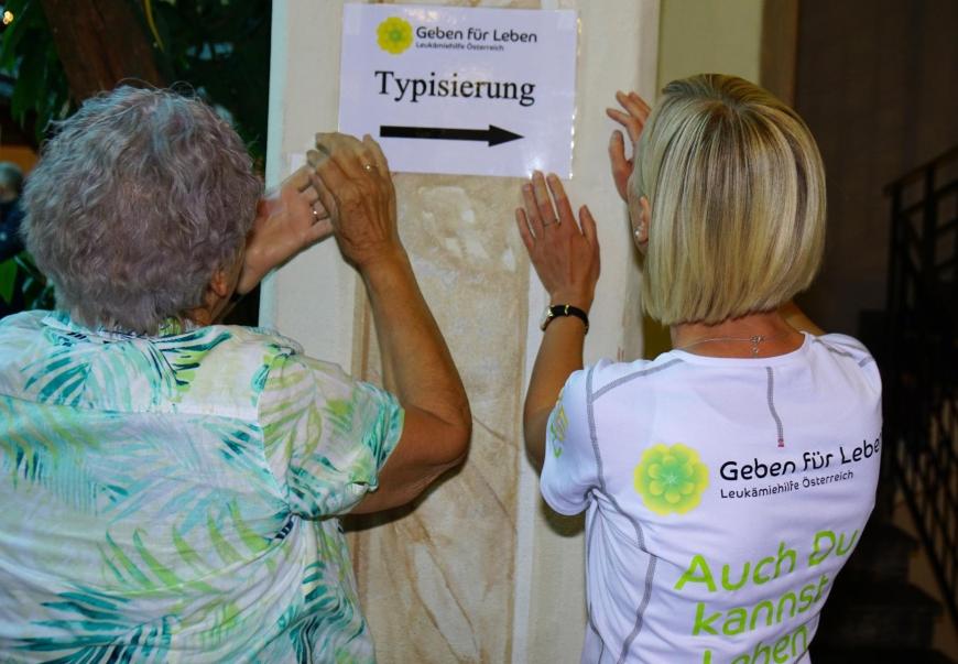 'Große Typisierungsaktion mit dem Rotary Club für kleinen Buben aus Imst'-Bild-1