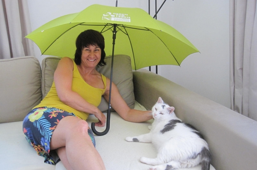 'Kauf von Regenschirmen und Prämierung der lustigsten Schirmfotos!'-Bild-13