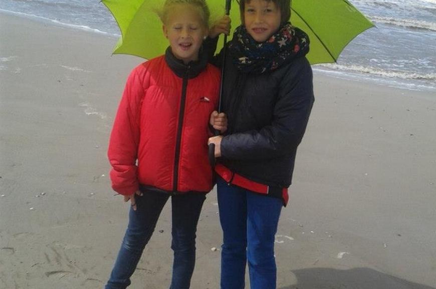 'Kauf von Regenschirmen und Prämierung der lustigsten Schirmfotos!'-Bild-17
