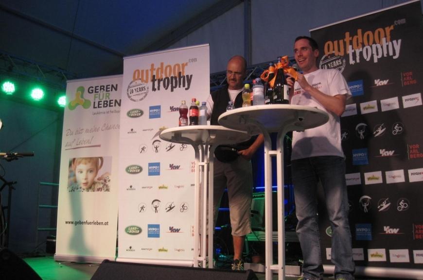 'High Five unterstützt durch Tombola bei Outdoor Trophy!'-Bild-3
