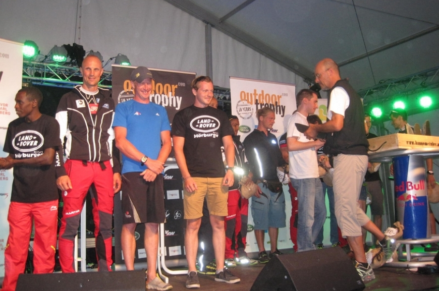'High Five unterstützt durch Tombola bei Outdoor Trophy!'-Bild-10