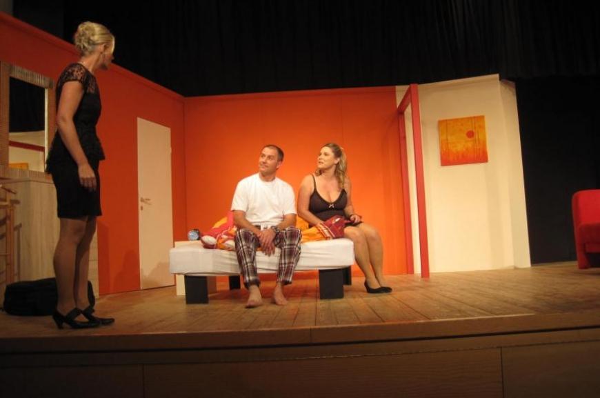 'Theatergruppe Doren spendet bei Premiere € 700,-!'-Bild-2