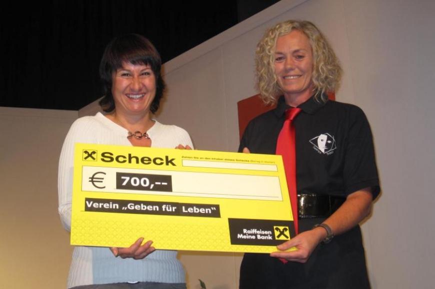 'Theatergruppe Doren spendet bei Premiere € 700,-!'-Bild-5