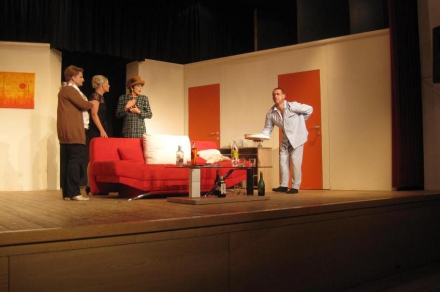 'Theatergruppe Doren spendet bei Premiere € 700,-!'-Bild-9