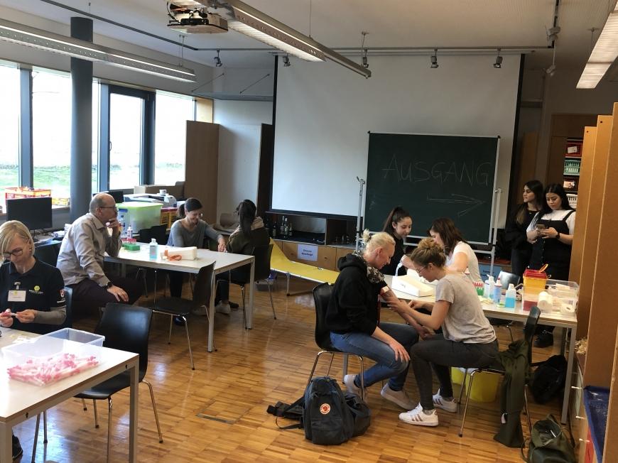 'Schulprojekt der Landesberufsschule Dornbirn 2 erzielt großartiges Ergebnis bei Typisierungsaktion'-Bild-3