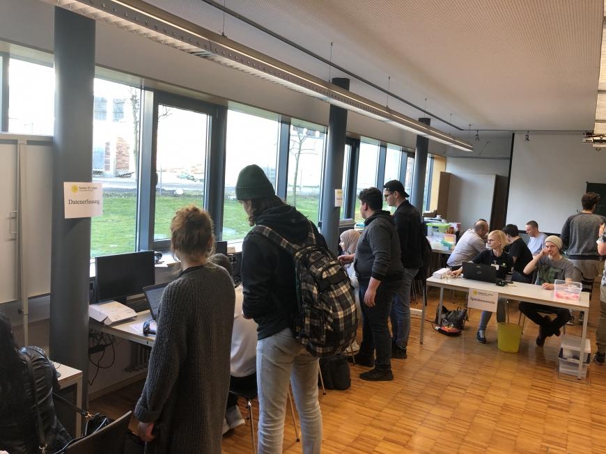 'Schulprojekt der Landesberufsschule Dornbirn 2 erzielt großartiges Ergebnis bei Typisierungsaktion'-Bild-7