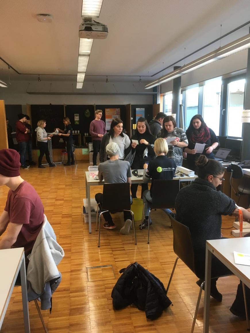 'Schulprojekt der Landesberufsschule Dornbirn 2 erzielt großartiges Ergebnis bei Typisierungsaktion'-Bild-10
