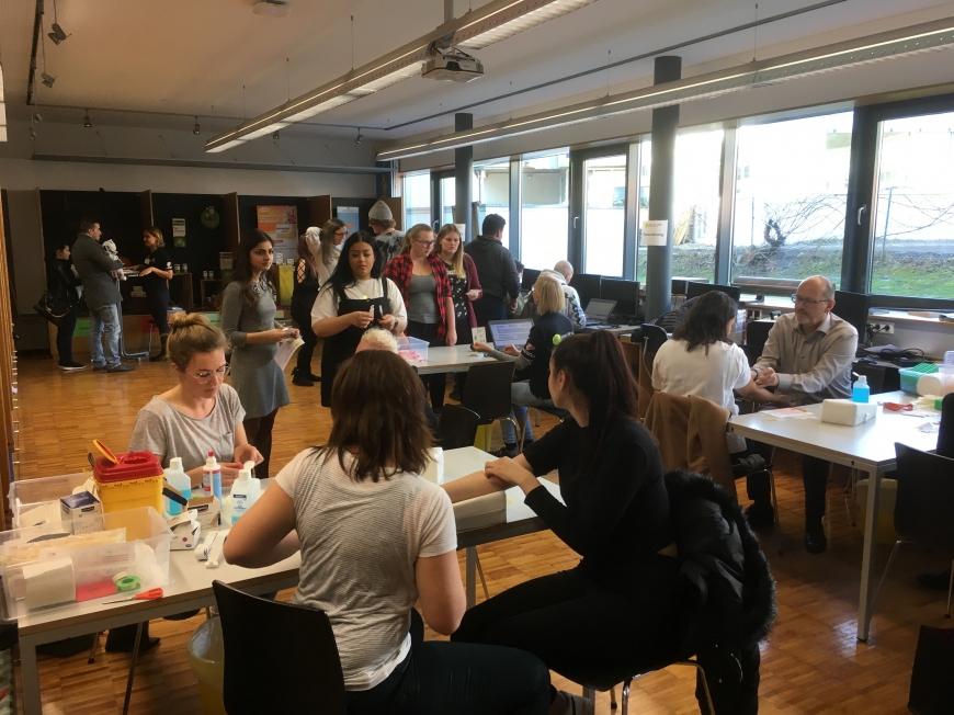 'Schulprojekt der Landesberufsschule Dornbirn 2 erzielt großartiges Ergebnis bei Typisierungsaktion'-Bild-11