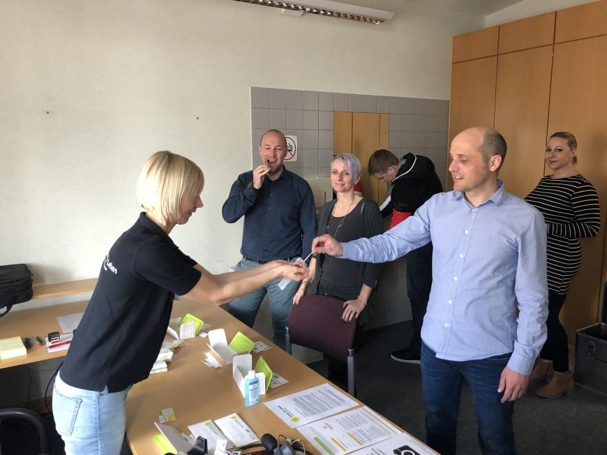 'Firmentypisierung und Spende als tolle Unterstützung für Leukämiehilfe'-Bild-5