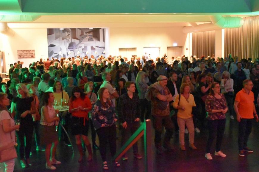 'Benefizkonzert mit Monroes, Roadwork und Flashlight bringt hohe Spendeneinnahmen'-Bild-11