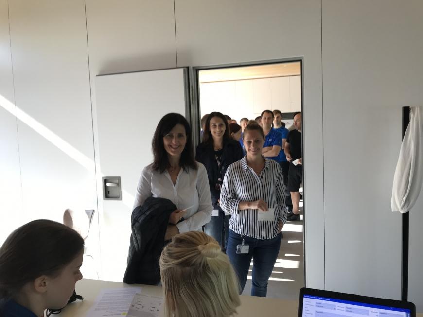 'Firmenaktion in Hard und Fussach mit Mitarbeitertypisierungen bei ALPLA'-Bild-1