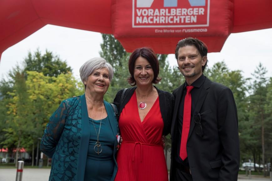 'Berührende Preisverleihung im Festspielhaus Bregenz würdigt Arbeit von Susanne Marosch'-Bild-7