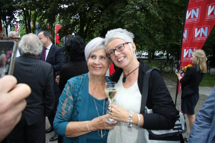 'Berührende Preisverleihung im Festspielhaus Bregenz würdigt Arbeit von Susanne Marosch'-Bild-14