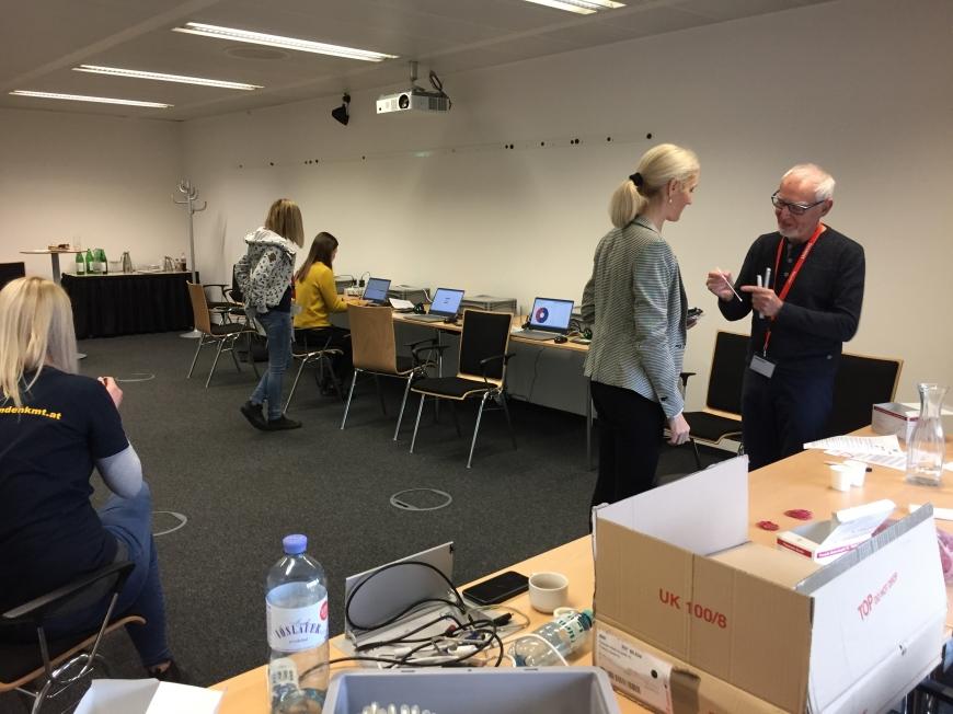 'Firmentypisierung bei Siemens in Wien auch bei Spende großer Erfolg'-Bild-2