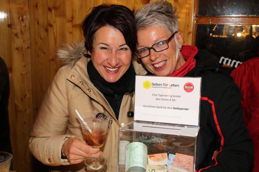 'Susanne Fessler und Ewald Böhler spenden auch heuer wieder Einnahmen vom Weihnachtsmarkt'-Bild-1